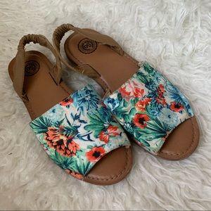 Floral Tan Sandels